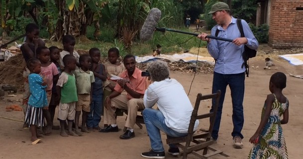 Dutch TV crew films Eave tubes in Tanzania